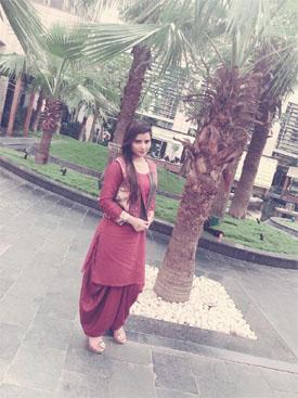 Why Pooja Gupta escort services
